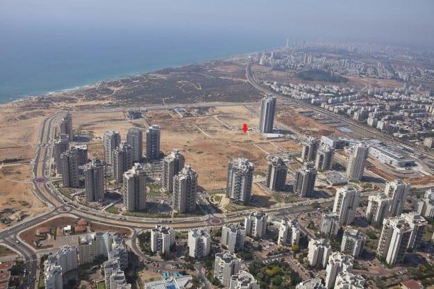 הקרקע זמינה לבנייה מיידית. עיר ימים