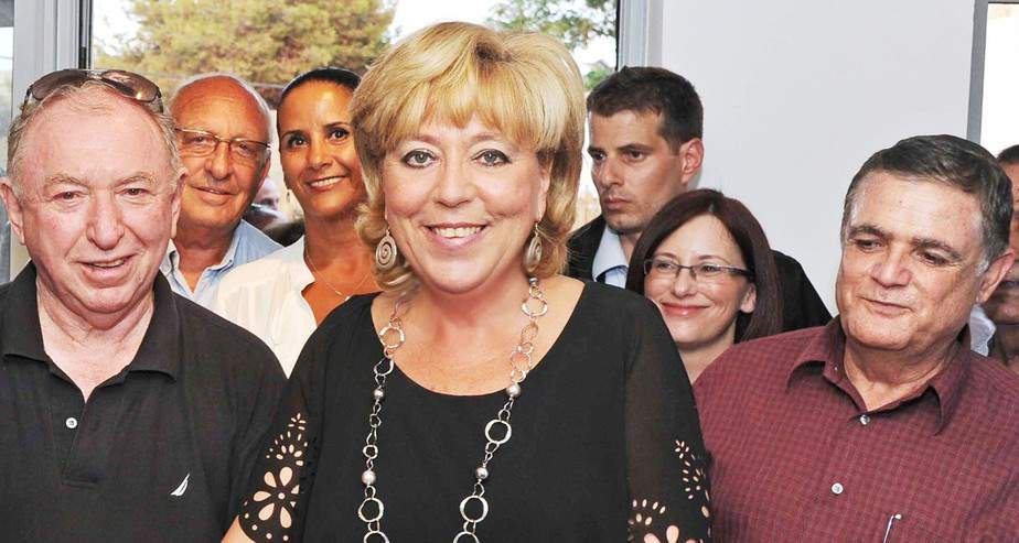 """ראש העיר נתניה, מרים פיירברג, רן פדרמן ויו""""ר קרן נתניה, שמוליק צבע"""