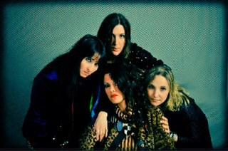 להקת המכשפות צילום: לואיז גרין