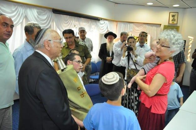 מיקי גולדווסר עם השר יעקב נאמן