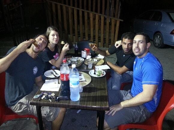 ניר מלאכי והחברים בפיצה מאנצ' רמת ישי