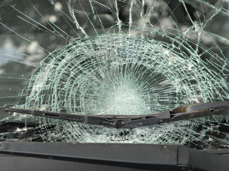 זכוכית שבורה