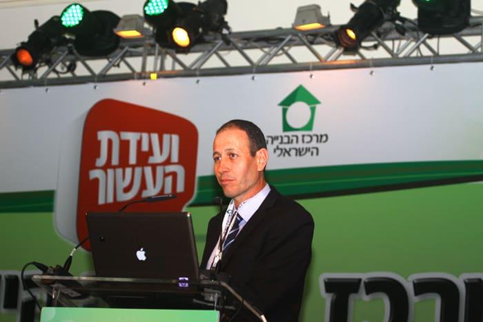 ראש עיריית עכו שמעון לנקרי בועידת דיסקונט לעסקים  (צילום: