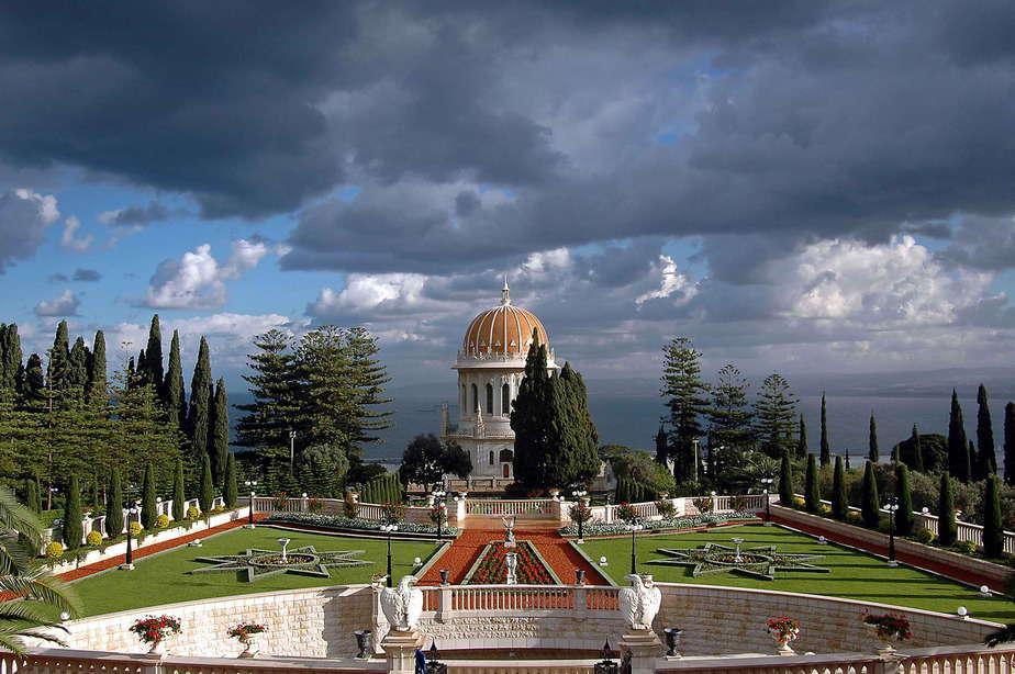 מקדש הבאב - כיפת הזהב בחיפה   (צילום: המרכז הבהאי )
