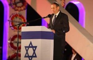 ראש עיריית עכו שמעון לנקרי בטקס יום הזכרון לחללי מערכות ישראל