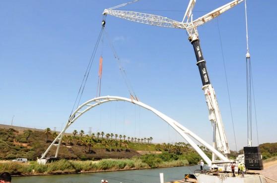 העבודות להקמת הגשר