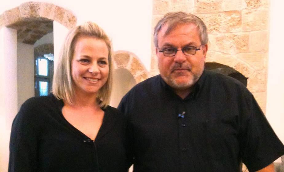 """מנחם הורוביץ עם מורן פלג מנכ""""ל מלון האפנדי   (צילום: תקשורות, יעל שביט)"""