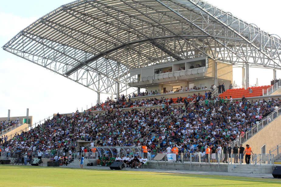 איצטדיון טוטו עכו (צילום: אדריאן הרבשטיין)