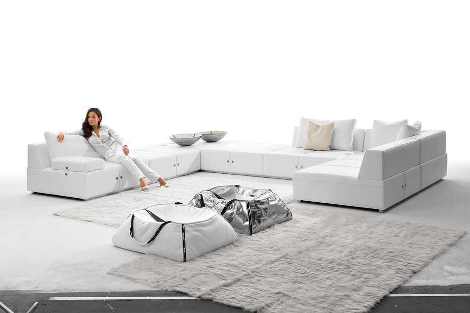 ספה פינתית של אליתה ליוינג