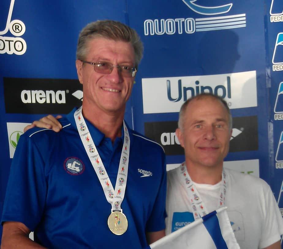 איגור קרבקוב (משמאל) עם אישטוואן מרטון מהונגריה