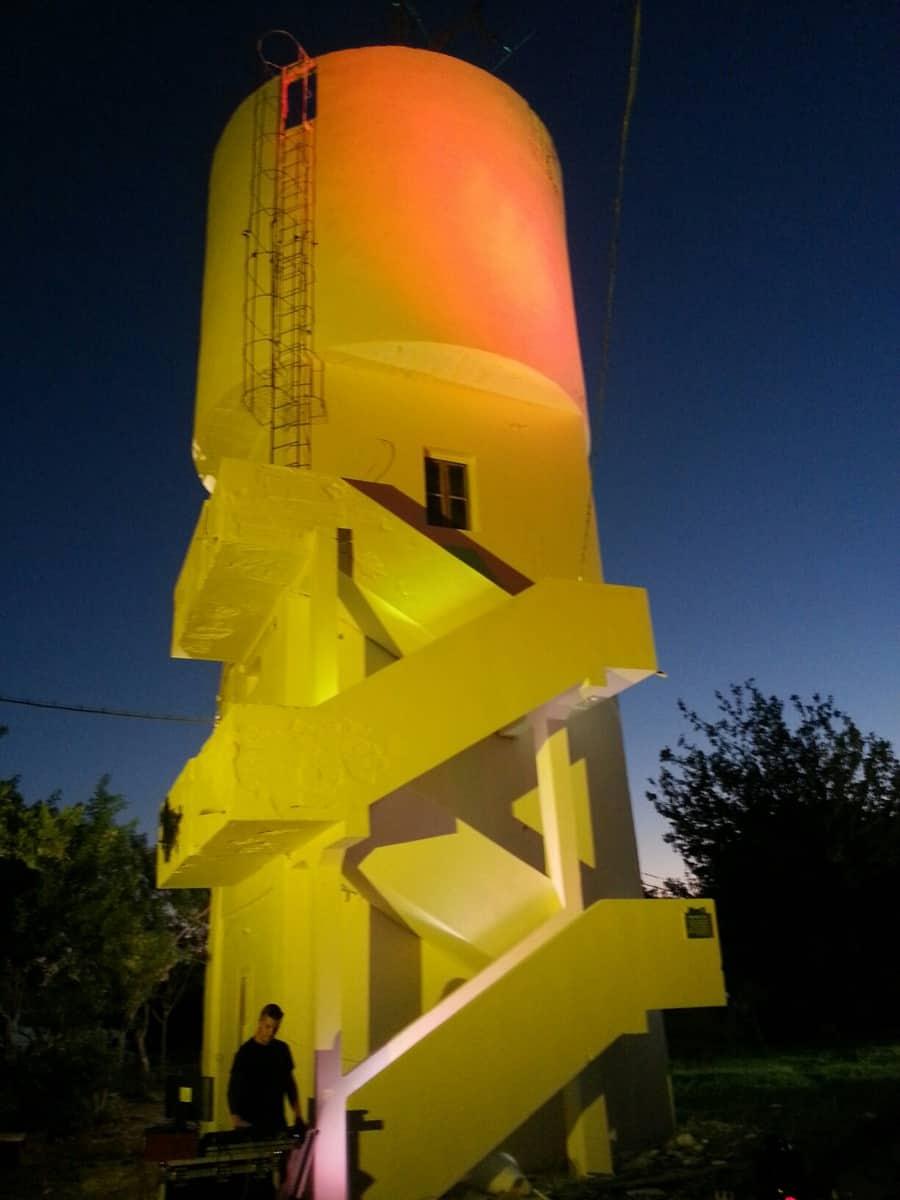 """מגדל מים מחודש בנווה איתן (צילום: יח""""צ)"""