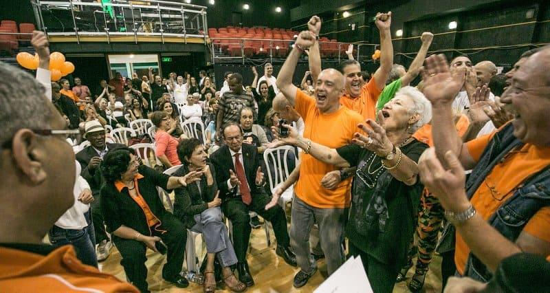 מטה עדי אלדר לאחר הניצחון (צילום: אלכס הובר)