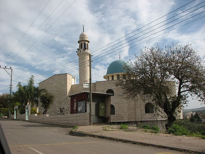 הקפה הכי טוב במדינה. המסגד במנשייה זבדה צילום: מיכאל יעקובסון