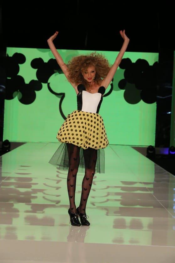 יוליה פלוטקין לאייס קיוב בתצוגת מיני מאוס בשבוע האופנה (צילום אבי ולדמן)