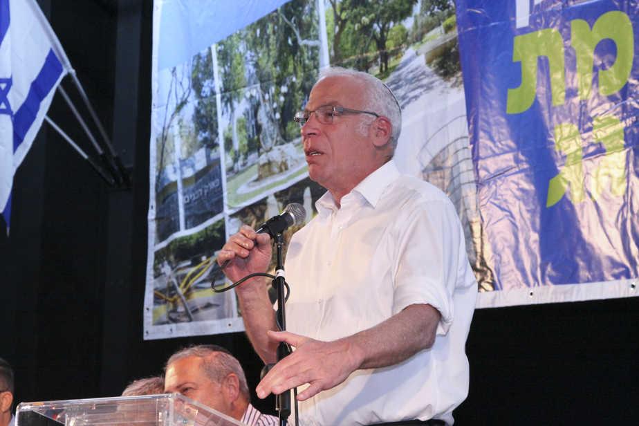 שר החקלאות אורי אריאל