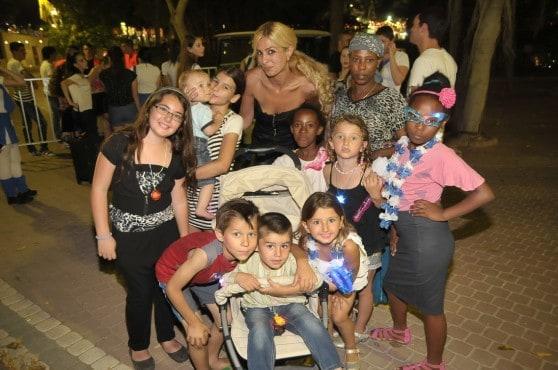 ליאת ומעיין עם הילדים