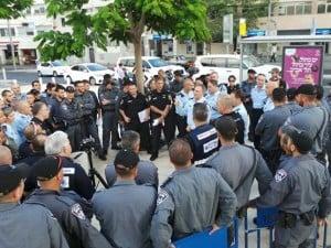 היערכות השוטרים להפגנות הערב  (צילום: משטרת ישראל)
