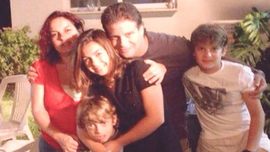 אילון קליחובסקי ובני משפחתו (צילום עצמי)