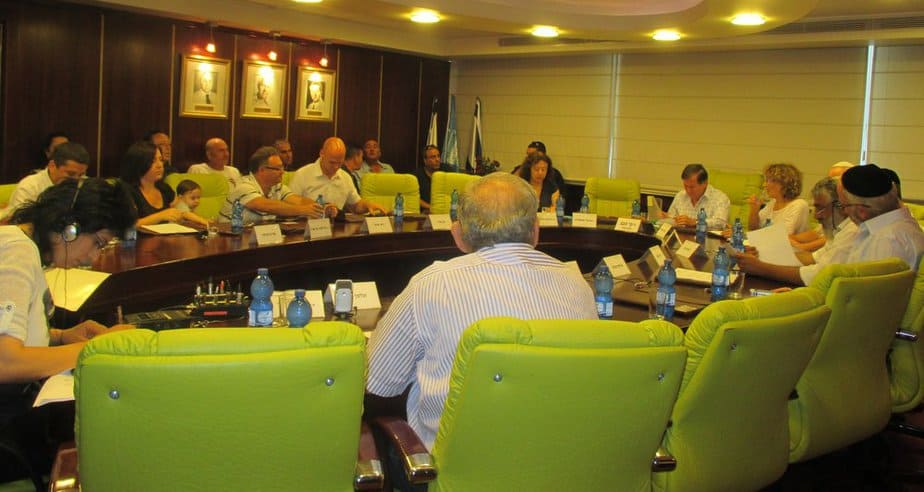 ישיבת מועצת העיר נהריה, השבוע (צילום: תאיר פז)