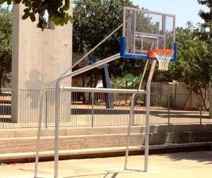 מתקן ספורט חדש בחצר בית ספר בחדרה ( צילום: עיריית חדרה)