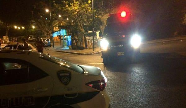 רחוב אסף שמחוני קרית אתא, הערב (צילום: רוני גילת)