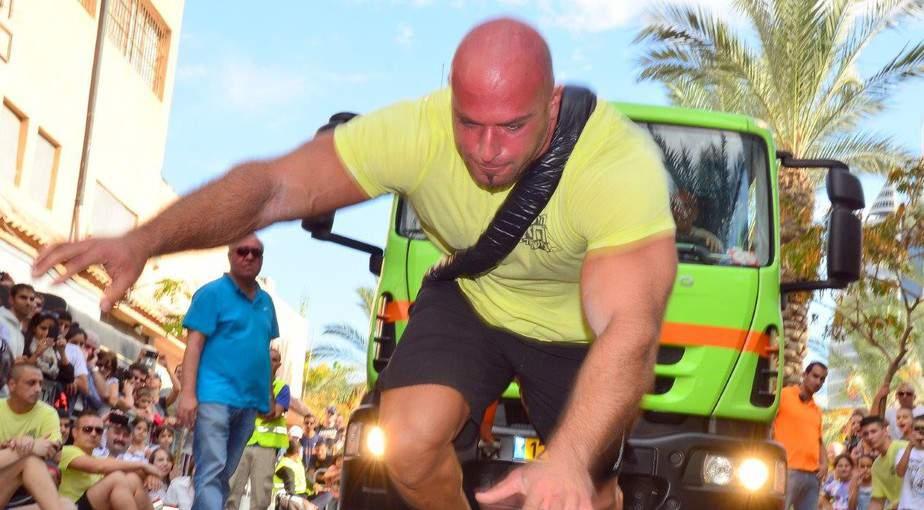 דודי יעקב בזמן המירוץ (צילום: צבי רוגר/ עיריית חיפה)