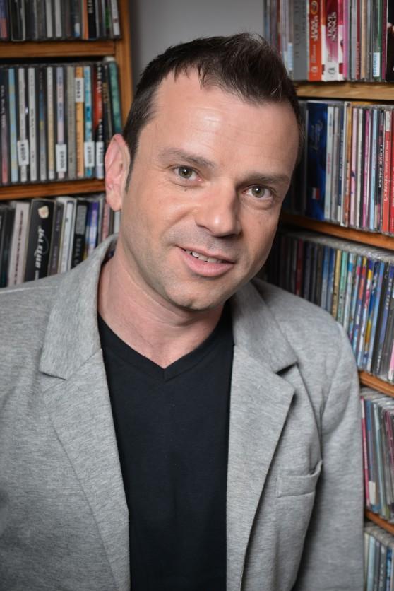 אייל ברקאי (צילום: זיו לסמן; איפור: ענבל אפרגן)