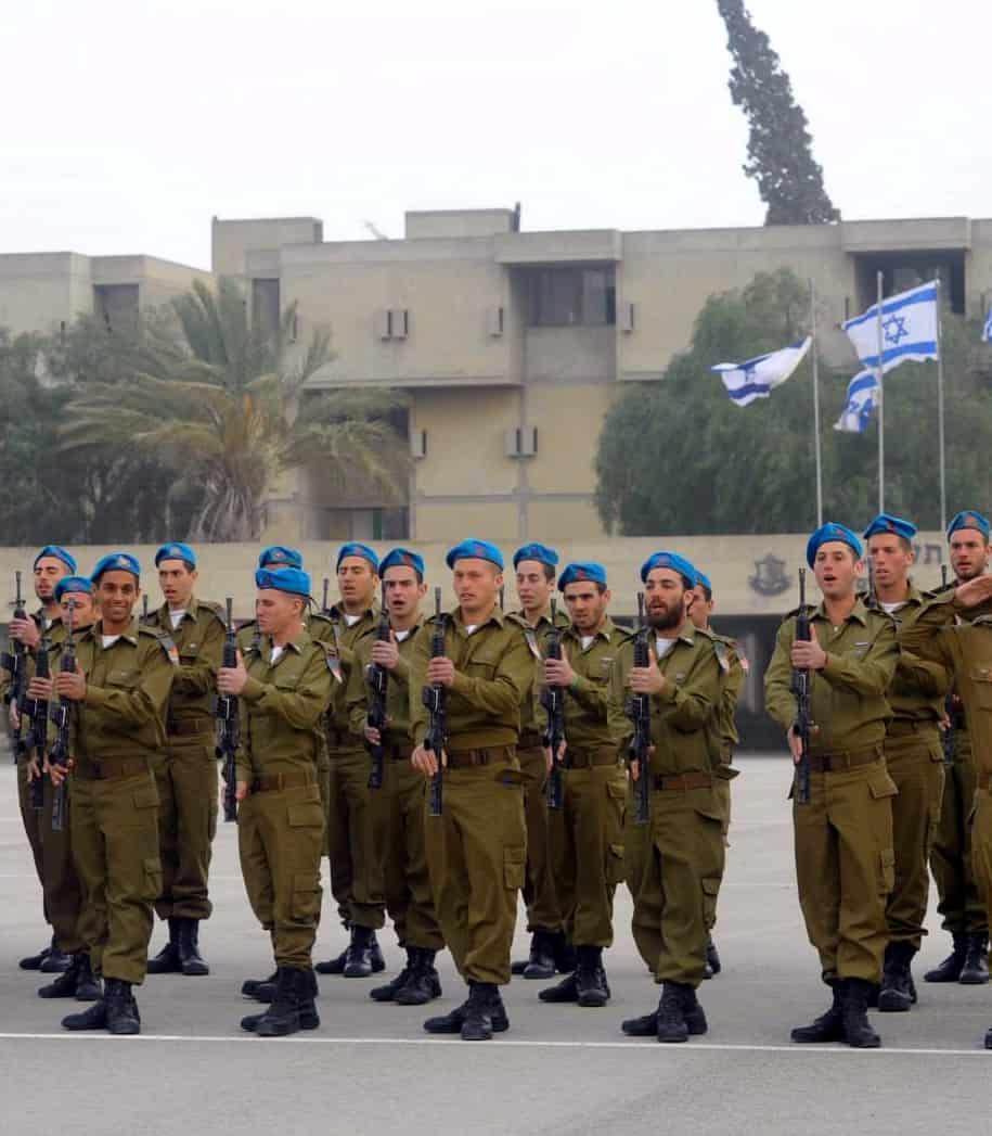 """סיום קורס קצינים תותחנים (צילום: דובר צה""""ל)"""