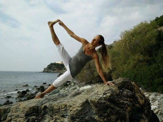 אשת יוגה. ענת גולד (צילום: עוז גופמן)