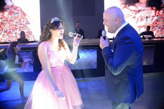 האב והבת שרים (צילום: אופיר פריז)