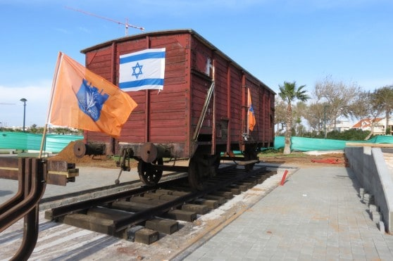 קרון השואה שהובא מגרמניה לנתניה (צילום: רותי ברמן)