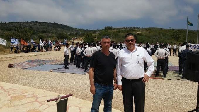 חבר המועצה משה לוי ואביו של סמדייב (צילום: עצמי)