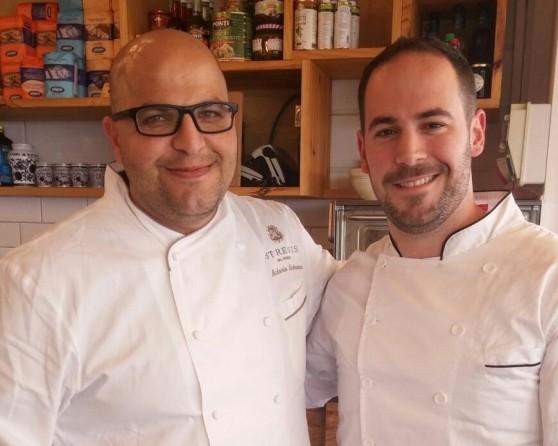 שף חן מיינר ושף אנטוניו בכור (צילום: עצמי)