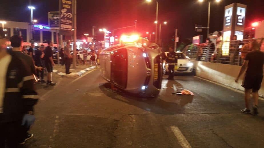 תאונת הדרכים בצומת הקיריון (צילום: דוברות איחוד הצלה כרמל)