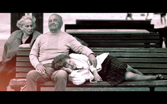 קרית ים מקום טוב להיות בו בדכאון. מתוך צילומיו של אבי בן זקן