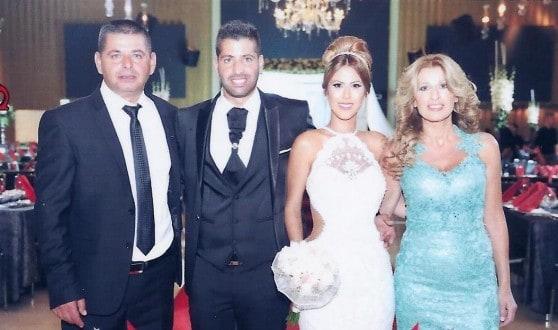 רחל פינטו מכרמל עם הבעל והזוג הטרי (צילום: אלבום משפחתי)