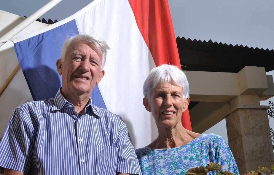 """""""החלום שלנו שתהיה לנו מדינה בטוחה לכל היהודים"""". כריס ואיניקה דה בוקס 0צילום: דורון גולן"""