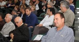 יזמים ובעלי קרקעות בכנס (צילום: עיריית חדרה)