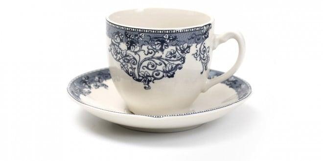 כוס לתה אנגלי של נובל קולקשיין [צילום: אלון גנון]