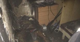 הדירה שעלתה באש במעלות-תרשיחא [צילום: דוברות כיבוי אש]