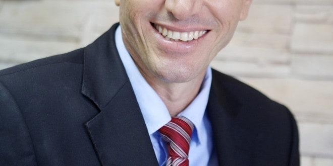 """יכול לנשום לרווחה. שמעוון לנקרי שהיה חבר הועד המנהל של עמותת מכללת גליל מערבי (צילום: יח""""צ)"""