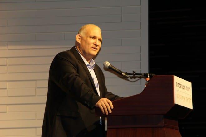"""מנכ""""ל המשרד להגנת הסביבה, ישראל דנציגר (צילום לירון גורפינקל, מתנ""""ס זכרון יעקב)"""