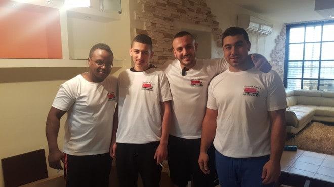 הצוות של דניאל הובלות (צילום: עצמי)
