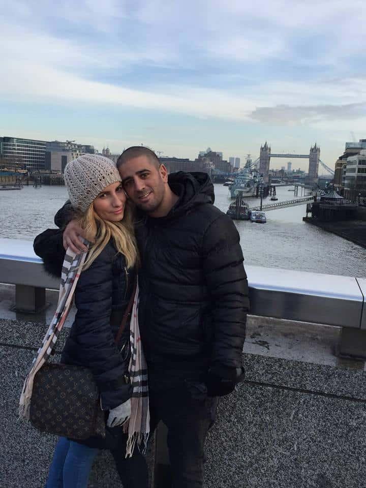 חיכתה, בטח חיכתה. מורן ומני ונטורה בלונדון (צילום: פרטי)