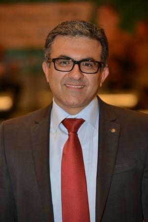"""שיפור השירות לקוח. עאוני אבו סאלם (צילום: יח""""צ)"""