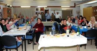 """ראש העיר ברדה, יו""""ר הסניף ישראלי והמתנדבים (צילום עצמי)"""