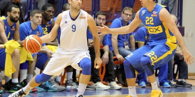 חזר מפציעה. ניב ברקוביץ' (משמאל)  (צילום: אדריאן הרבשטיין)