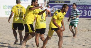 רעב בלתי רגיל לכדורגל. ליגת חופים (צילום: שלומי גבאי)