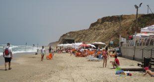חוף נעורים (צילום: רותי ברמן)