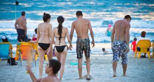 חוף קרית ים. צילום: שרון ינאי